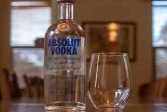 Kézfertőtlenítőt készítene a híres svéd vodkagyár
