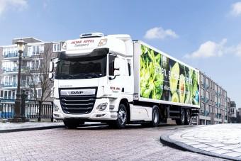 Élesben teszteli a hibrid teherautóját a DAF