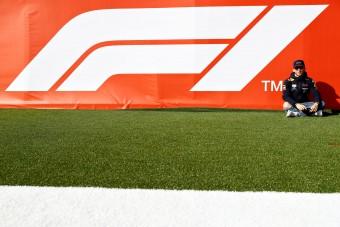 A csapatok hóna alá nyúl az F1?