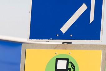 Új közlekedési táblák jelentek meg Magyarországon