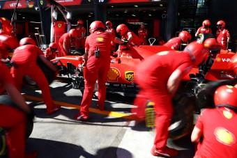 F1: A Red Bull-főnök gratulált a Ferrarinak