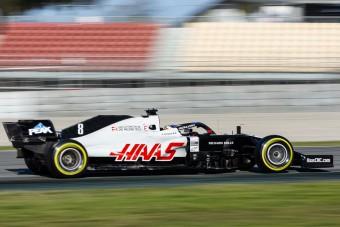 Újabb milliárdos vehet F1-csapatot a fiának