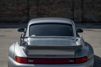 A Porsche 911 GT a versenyautó, amit utcára engedtek