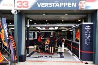 F1: A kiscsapatok csődjével fenyegetnek 5