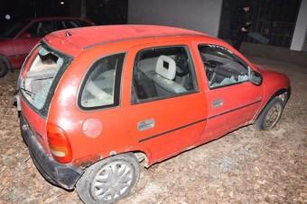 Öreg Opeljéhez rendszámot is szerzett a srác, a rendőrség nem díjazta a kreativitást