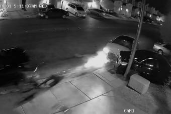 Részeg sofőr zúzta le a parkoló autókat