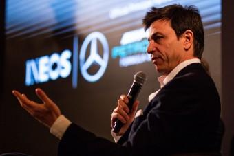 F1: Nem lép le a Merci-főnök