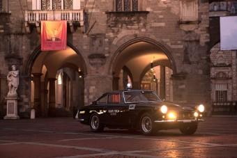 Senki nem menekülhetett a római Ferrari rendőrautó elől