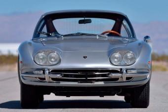 50 felett is jól tartja magát ez a Lamborghini 400 GT