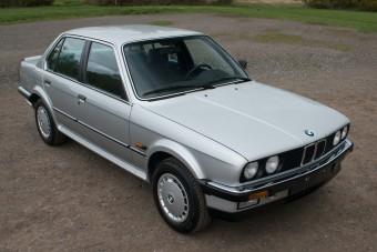 35 évesen is friss ez az összkerekes BMW E30