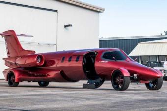 A repülő autó után végre itt van a guruló repülő