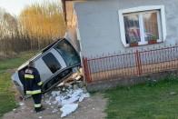 Ismét autó csapódott egy házba itthon 1
