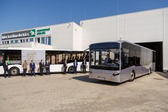 Újraindult a munka a magyar buszgyárban