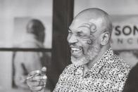 Füves csodapoharakat árulhat Mike Tyson 1