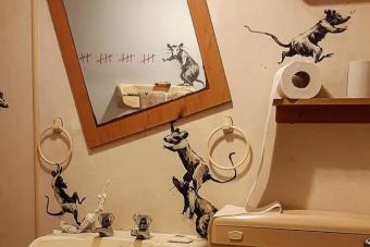 Már Banksy is hazavitte a melót, és otthonról dolgozik