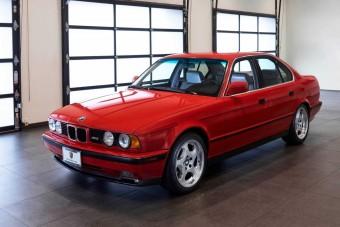 Ez az 30 éves BMW olyan, mintha új volna. És ez az árára is igaz