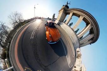 Csodaszép, művészi felvételek Budapest kihalt utcáiról egy Bogárral a főszerepben