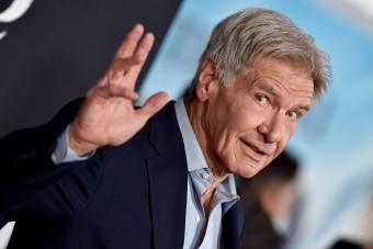 Harrison Ford megint bajt okozott repülés közben