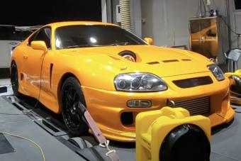 Nincs több kérdés, ez a Toyota Supra padon mérve tudja a 2000 lóerőt