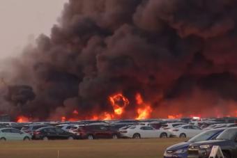 3500 autó égett porrá Floridában