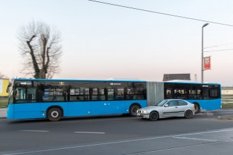 Mostantól nagyon hasznos újdonságot írnak ki a BKK-buszok kijelzői