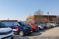 A Renault autókkal segíti a Vöröskeresztet 2