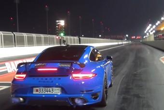Brutálisan gyorsul a tuningolt 911 Turbo