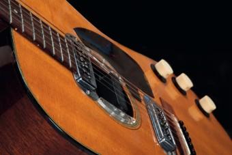 Durván alulbecsülték Kurt Cobain gitárját, aukciós rekordot döntött