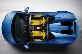 Vászontető és hátsókerék-hajtás szórakoztat a legújabb Lamborghiniben