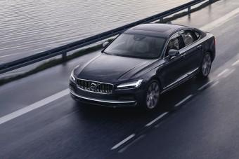 Radikálisan korlátozza autói végsebességét a Volvo