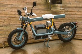 Ez a villany-motorkerékpárok svájci bicskája