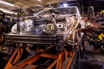Napfénnyel fognak autót gyártani