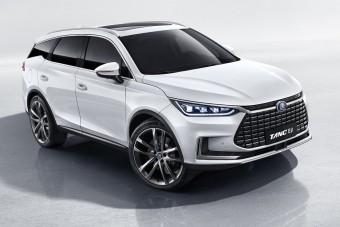 Ömlenek Európába a kínai autók