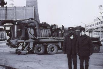 Ez a teherautónyi porszívó takarította a radioaktív port Csernobil utcáin