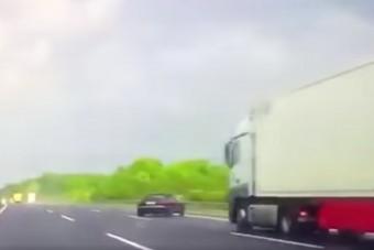 A halálból szedte össze az autót, kétszer egymás után