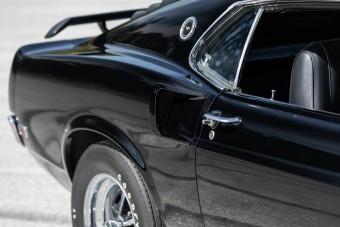 Eladó Paul Walker Mustangja, amely nem hétköznapi darab