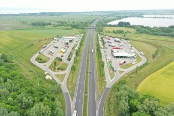 Átfúrták az M7-es autópályát