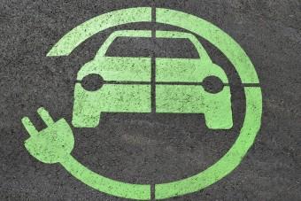 Hasznos újítás jön a villanyautók töltésében itthon