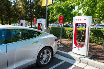 Jövő héten újraindulhat a Tesla – hivatalosan is