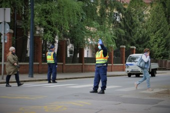 Razziát indított a zebrákon a rendőrség