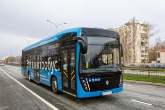 Kamaz buszokhoz szállított tengelyeket a Rába