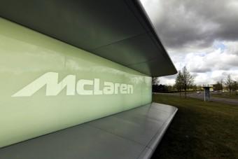 Drasztikus leépítés a McLarennél