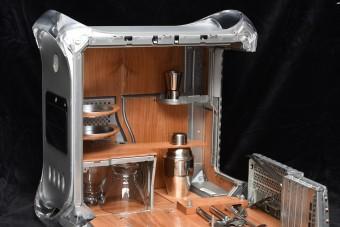 Menő koktélpulttá alakították a régi Apple PC-t