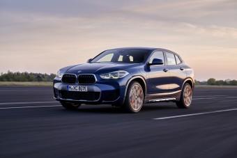 Nincs ma a konnektoros X2-nél trendibb BMW