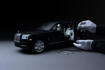 A Rolls-Royce még a modellautót se aprózza el