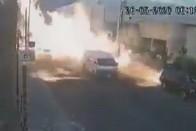 Élve szállt ki a sofőr a felrobbanó autóból 1