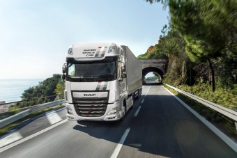 Magyar színekbe öltöznek a DAF teherautók
