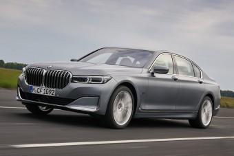 Erősebbek a BMW 7 alapmotorjai