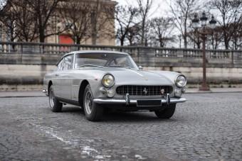 Csodálatosan patinás a restaurálatlan Ferrari 250 GTE