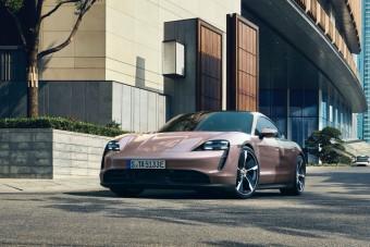 Hátsókerekes, elektromos Porsche, akár 476 lóerővel